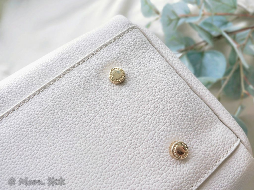 夏秋季一週穿搭RM包包 ROBINMAY 包包評價 新款 門市地址 繡球幾何手提包 熱賣包_200701_20.jpg