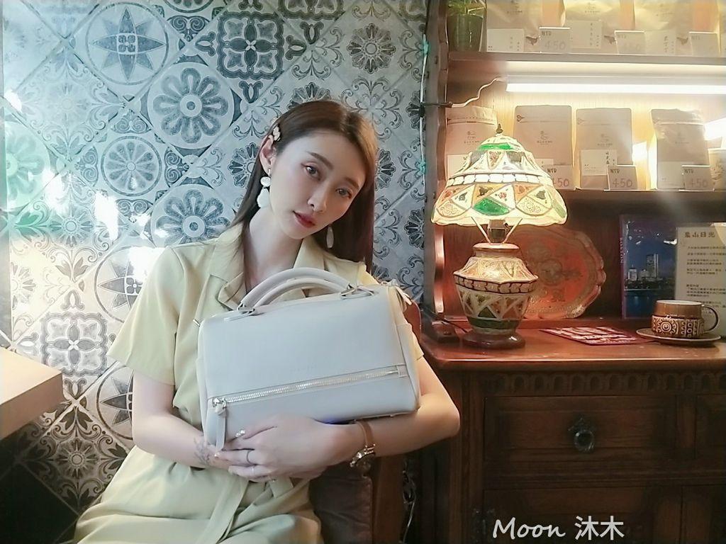 夏秋季一週穿搭RM包包 ROBINMAY 包包評價 新款 門市地址 繡球幾何手提包 熱賣包_200701_73.jpg