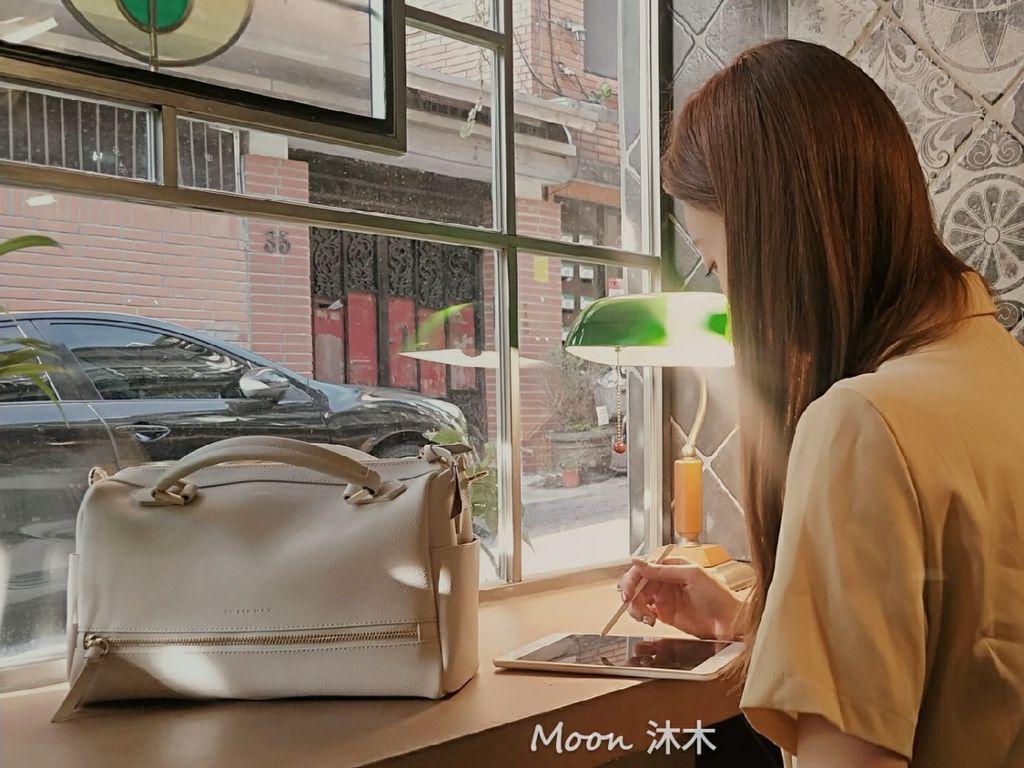夏秋季一週穿搭RM包包 ROBINMAY 包包評價 新款 門市地址 繡球幾何手提包 熱賣包_200701_86.jpg
