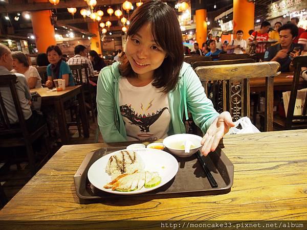 Vivo美食街吃海南雞飯