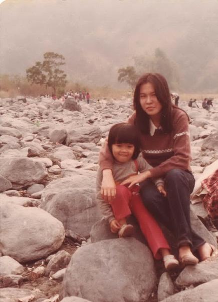 小時候的我與教母