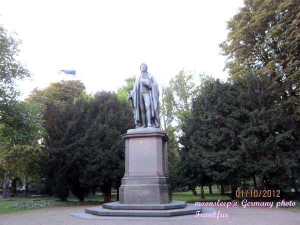 法蘭克福─公園雕像