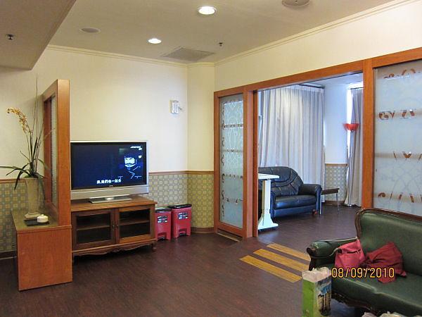 VIP客廳與臥房交界