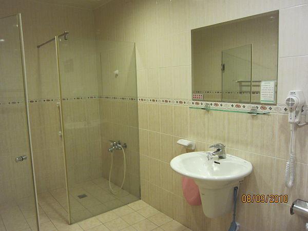 VIP廁所(乾濕分離)