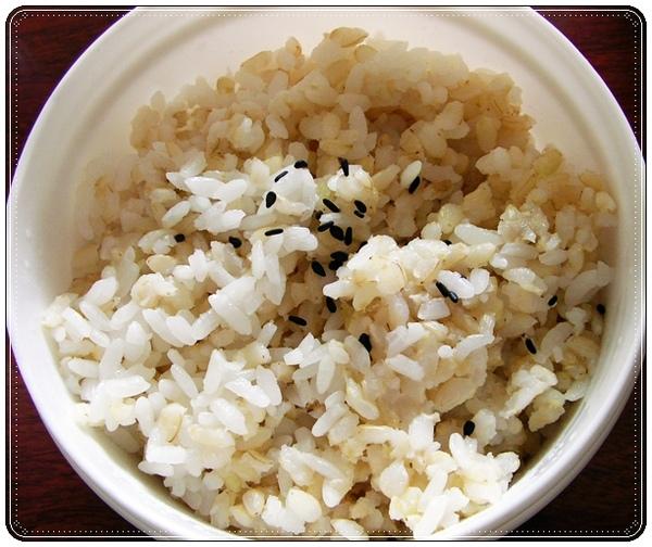 好婆婆。糙米飯