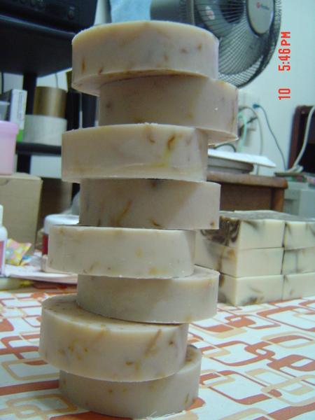 金盞蜂蜜元氣皂4.JPG