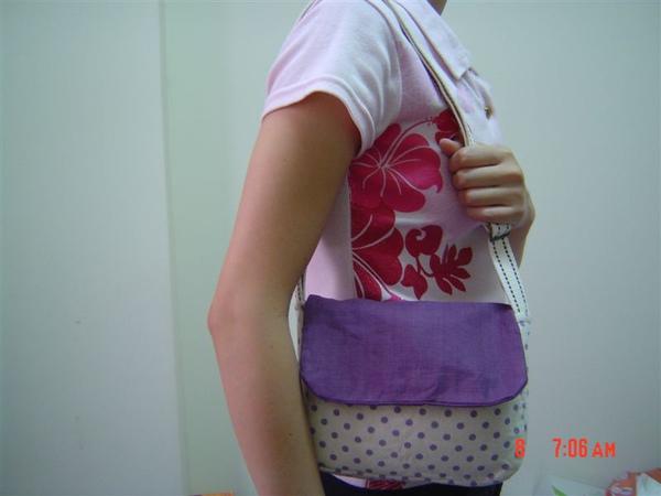 紫色測背包7.JPG