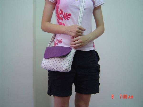 紫色測背包9.JPG