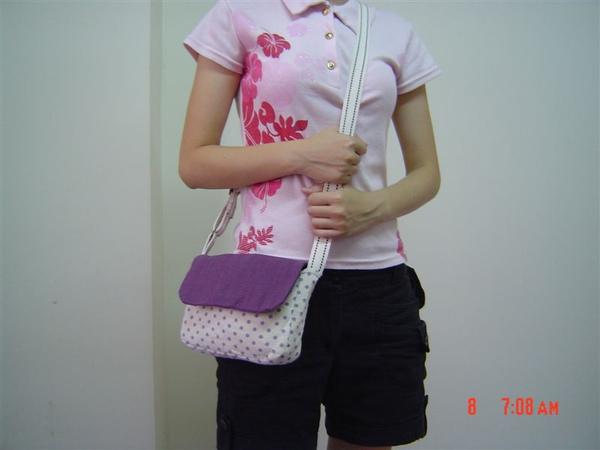 紫色測背包10.JPG