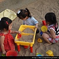 110803 (101) 三個小女生在煮飯嗎.....JPG