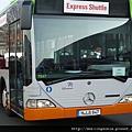 110302 (53) Benz 的 Shuttle Bus.JPG
