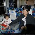 110410 (003) 火車內.JPG