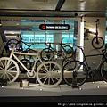 110810 (006) 好帥的單車.JPG