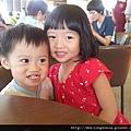 110903 (005) 兩個寶貝 Tinnie & Bernie.jpg