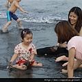 110903 (044) 妍妍有水一定會有開心的表情.JPG
