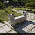 110917 (066) 石椅.JPG
