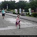 111008 (014) 開心騎車.JPG