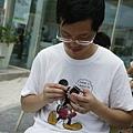 110611 (062) 爸爸在玩變型金剛.JPG