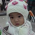 08110801 無辜的表情 (又被媽媽當成玩具).JPG