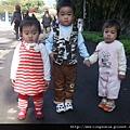 08120902 帶三個小孩出遊.JPG