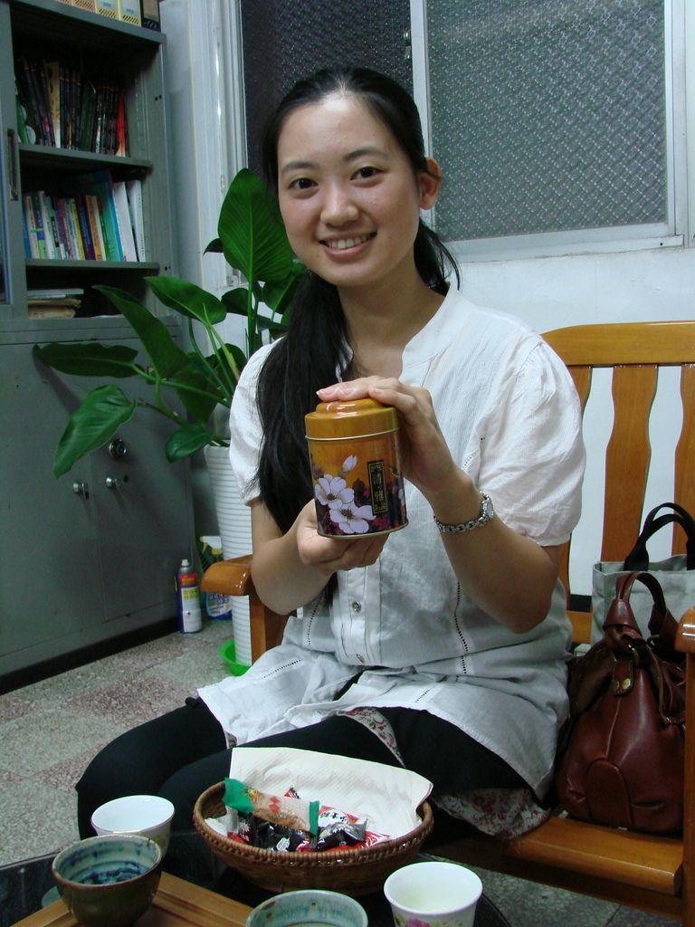 李孟娜—我與茉莉的邂逅:茶花茶罐