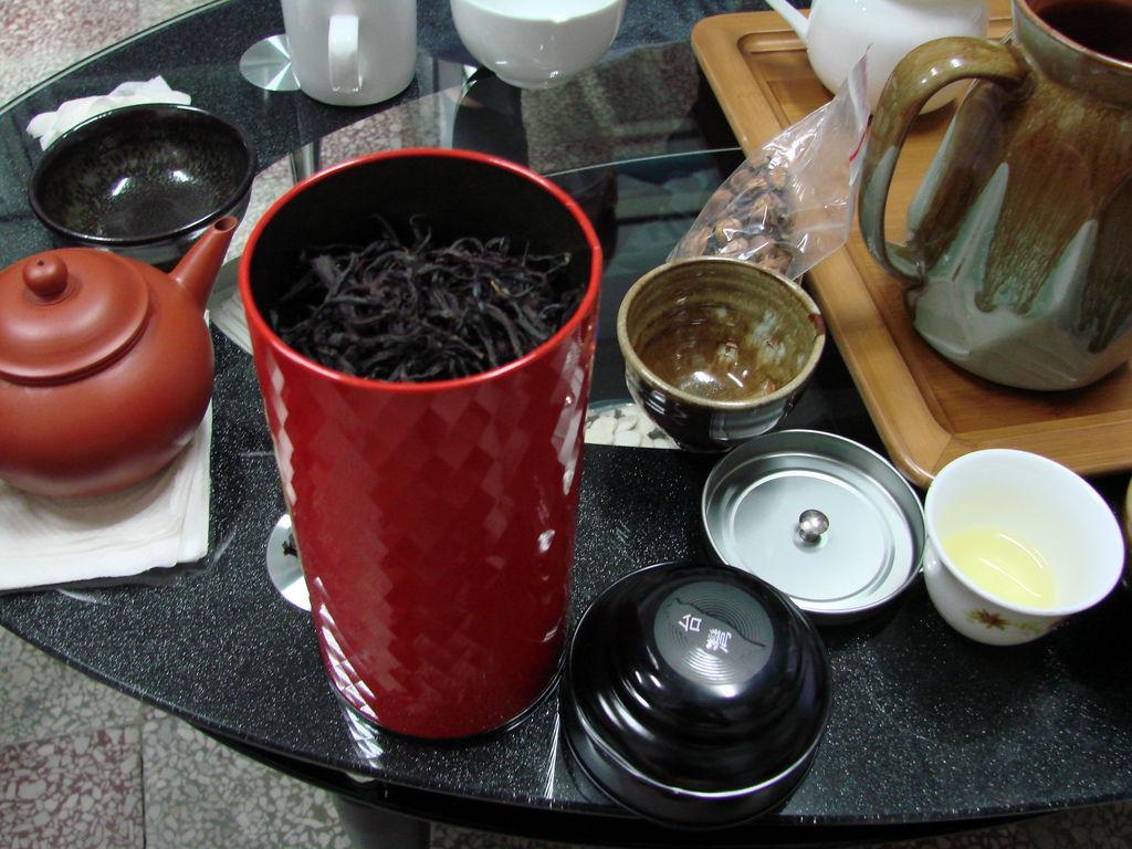 李孟娜—我與茉莉的邂逅:坪林台茶十八號紅茶