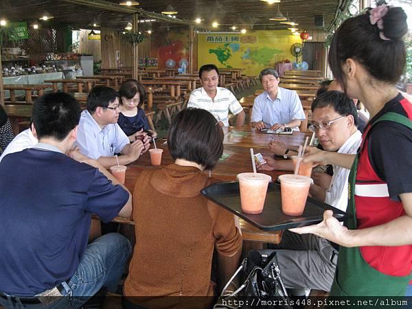 0711台灣植物工廠產業協會---金勇DIY蕃茄農場參訪&研討會 002