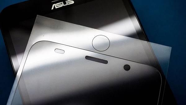 Zenfone2-02-.jpg