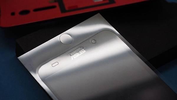 Zenfone2-28-.jpg