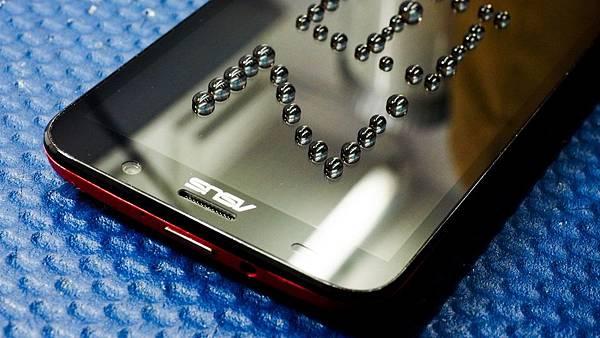 Zenfone2-44-.jpg