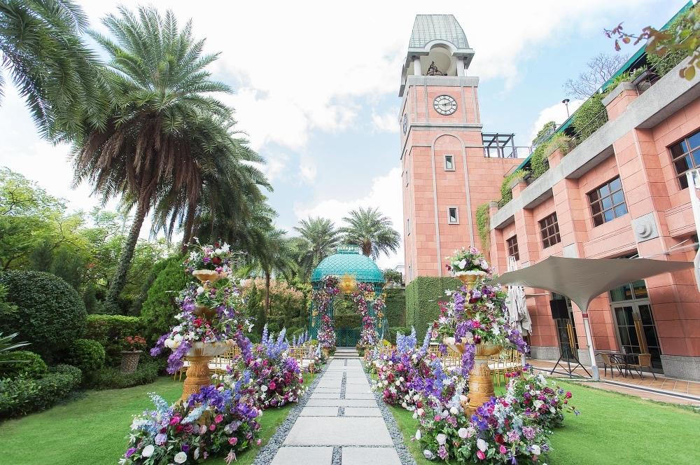 維多麗亞酒店戶外庭園區 .jpg