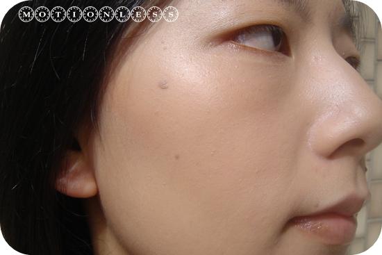 Dior光柔礦物水粉底 SPF10(6).JPG