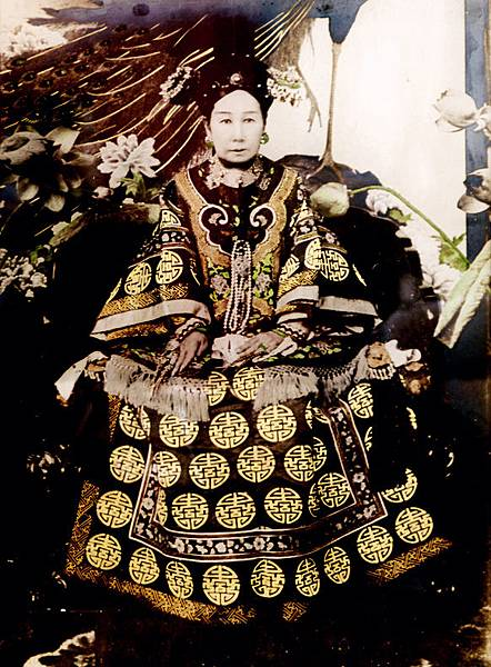 The_Ci-Xi_Imperial_Dowager_Empress_(5)