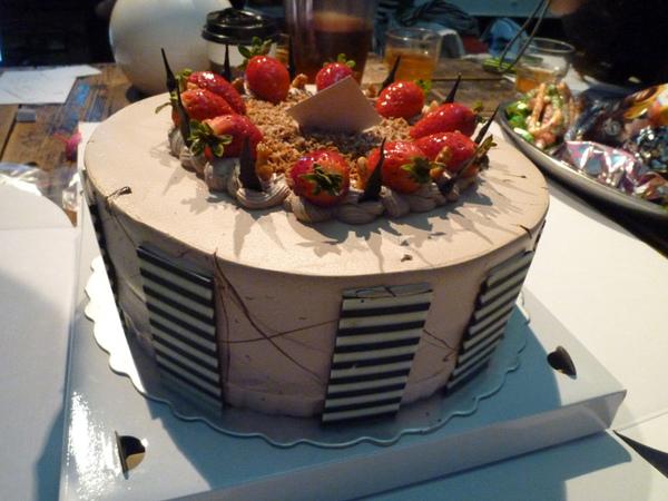將將!好厚實的蛋糕