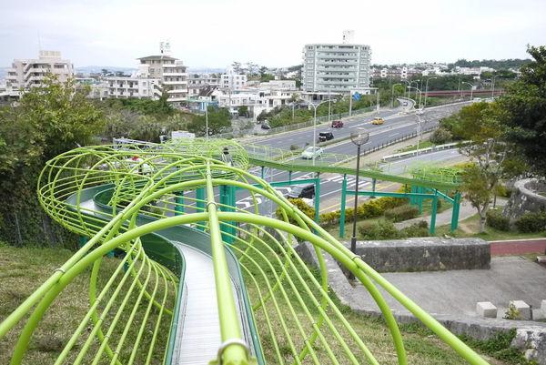 park1-沖繩自由行景點-沖繩景點推薦-親子自鴐遊-浦添大公園長滑梯2