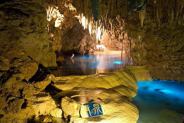 cave-沖繩自由行景點-沖繩景點推薦-親子自鴐遊-5天4夜-玉泉洞