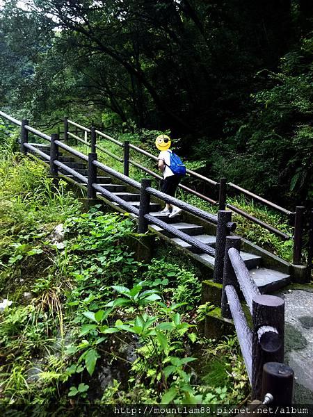 九州自駕遊6日5夜行程景點_高千穗峽5