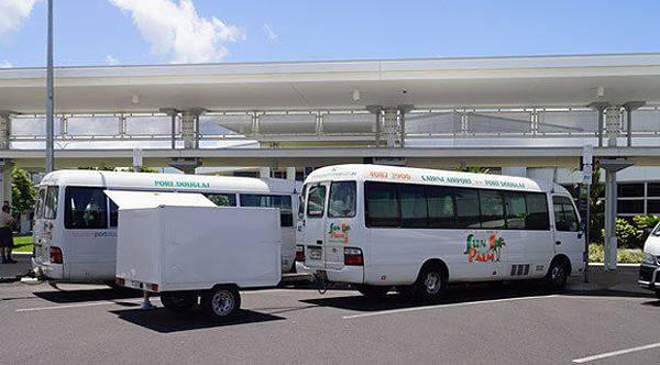 Cairns 機場來往市中心接駁巴士