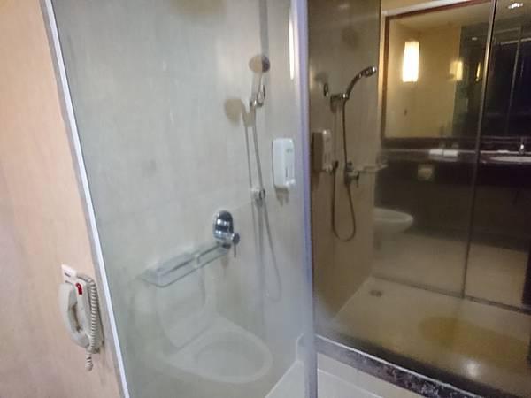 廈門住宿翔鷺酒店浴室