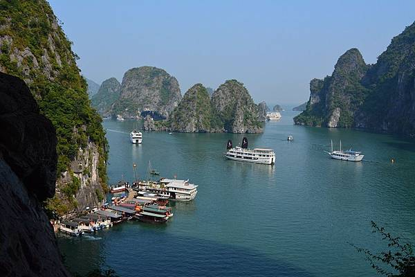 河內必到景點下龍灣遊船觀光