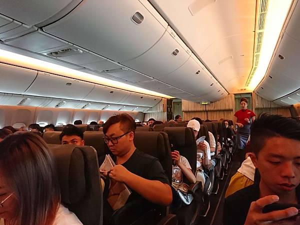 中華航空Boeing 747-400機艙2