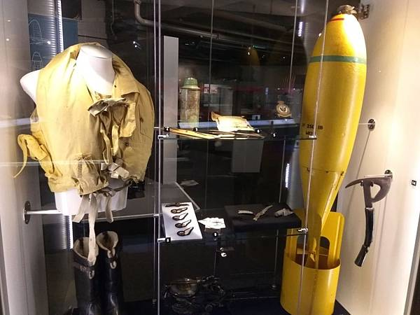 Christchurch市內景點-air force museum展品之軍人用品3