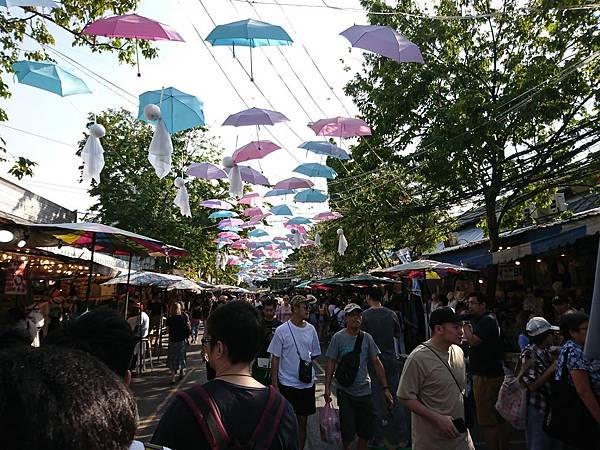 曼谷JJ Market
