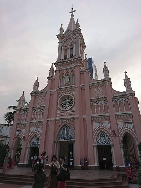 打卡必到的峴港大教堂