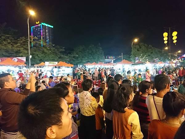 峴港的小夜市