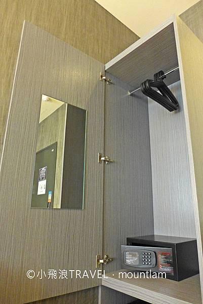 摩莎曼拉精品旅館台北車站館評價_4人房家庭房的衣櫃