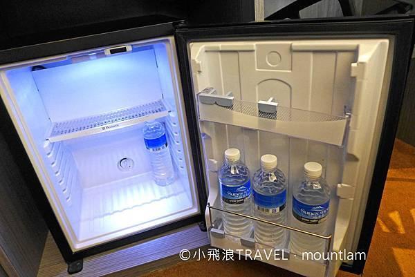 摩莎曼拉精品旅館台北車站館評價_冰箱雪櫃