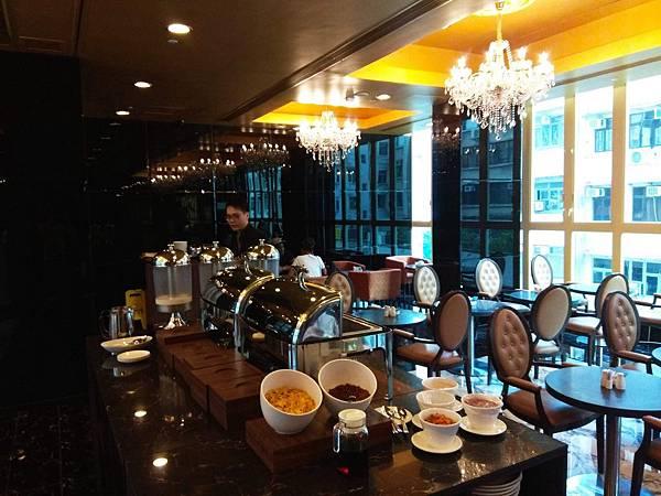 華麗都會酒店CAFE吃自助早餐