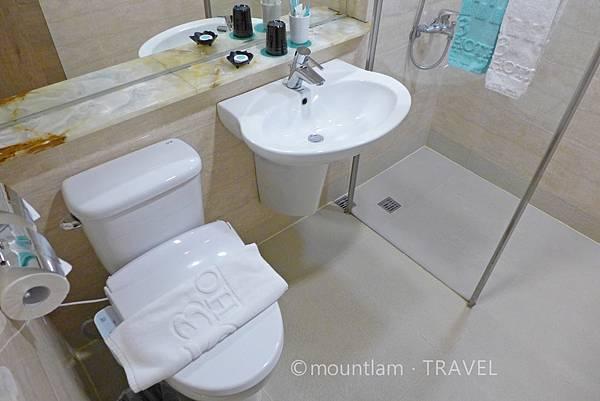 台中住宿寶島53行館雙人房浴室