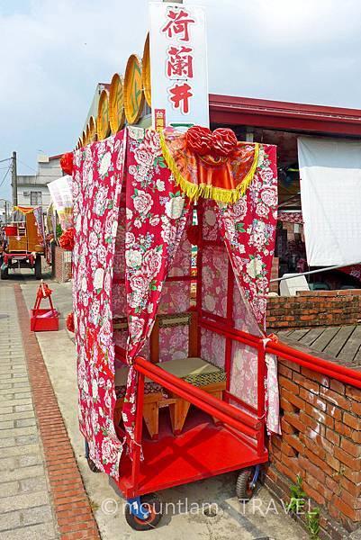 菁寮老街別稱嫁妝街的街上擺設